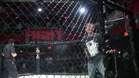 Amateur MMA Fight - Edgard Plazaola vs. Esteban Gonzalez