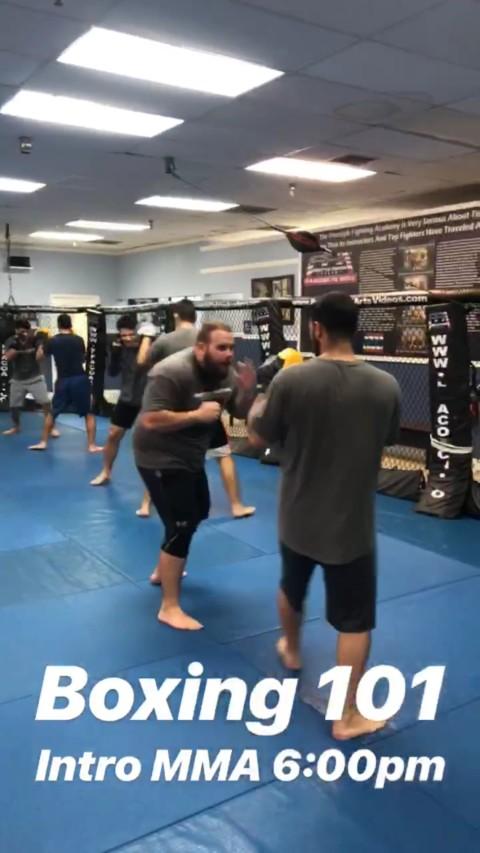 Boxing 101 side step jab